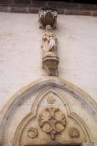 Portail sculpté