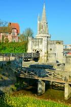Porte des Deux-Moulins