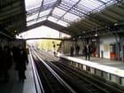 Quai du Métro Parisien