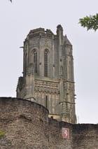 remparts et église
