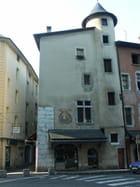 Rue du sénat