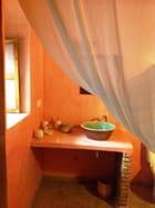 Salle de bain du Riad la maison des épices à El jadida au Maroc
