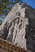 sculptures dans la roche