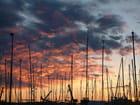 Soleil levant sur le port d'Antibes
