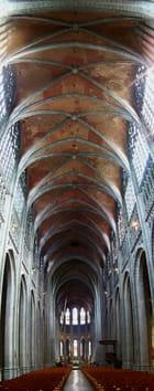 Sainte Waudru, intérieur