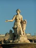 Statue au soleil