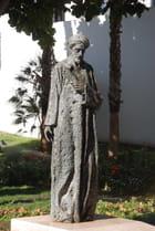 statue du poète Salomon Ibn Gavirol