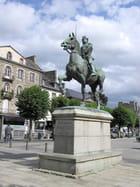 Statue de Bertrand Dugesclin (2)