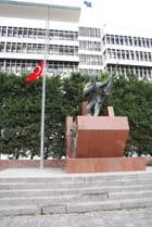 statue de Ilk Kursun