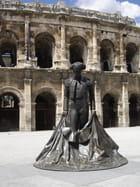 Statue des arènes de Nîmes