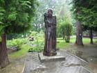 Statue en bois d'un guerrier