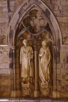 Statues sur l'In Flanders Fields Museum
