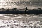 Surfeur dans le vent