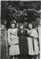 Thérèse, Sylvie et Odette trois des soeurs de maman