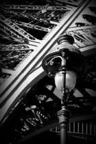 Tour Eiffel et Lampadaire parisien