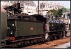Train à vapeur  en gare 2003