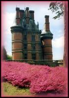 Trévarez ; le château rose.