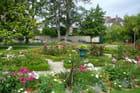 Un des parterres du jardin botanique