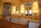 une salle à manger du palais