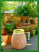 Vases d'anduze en terre émaillée