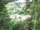 Village au fond de la vallée