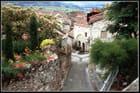 Village fleuri...