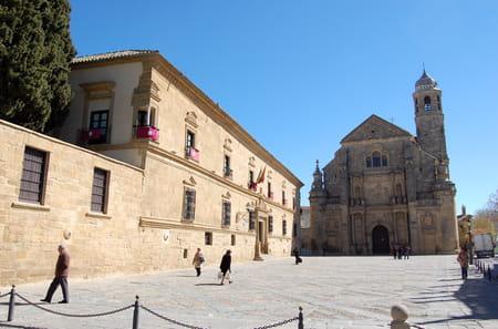 La place Vázquez de Molina