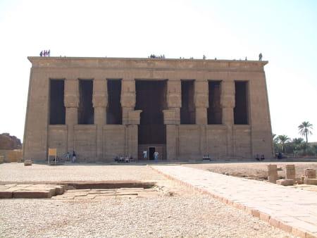 Le grand temple d'Hator