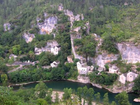 Le village de Castelbouc