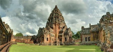 Parc historique Prasat Hin Khao Phanom Rung
