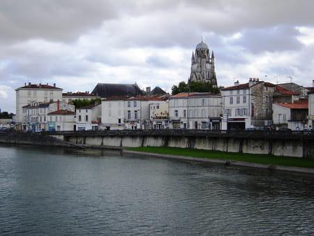 Cathédrale Saint-Pierre de Saintes