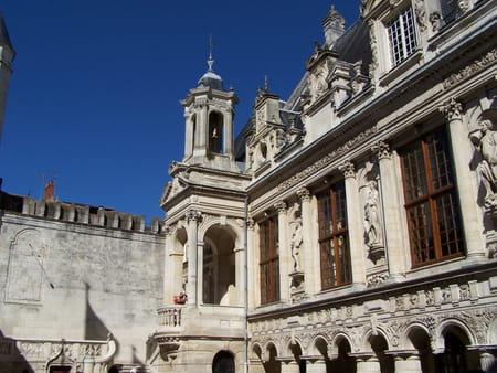 L'hôtel de ville de La Rochelle