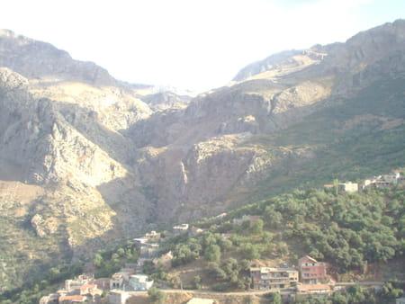 Les gorges d'Âït-Mansour