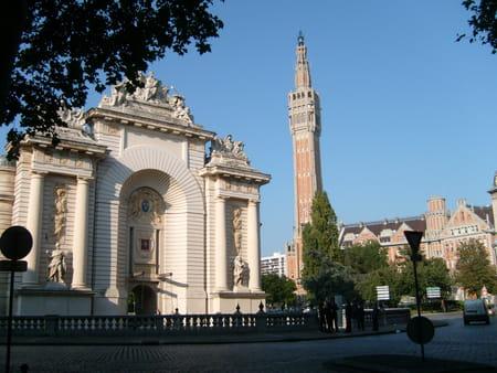 Porte de Paris et Hôtel de Ville de Lille