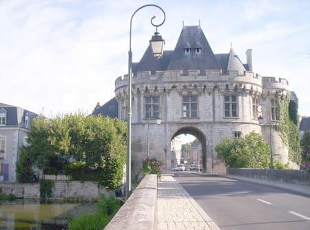 Porte Saint-Georges de Vendôme