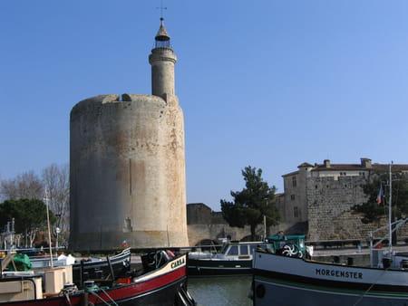 Remparts et tour Constance d'Aiguës-Mortes