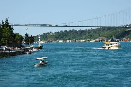 Le pont de Mehmet le Conquérant ou le Deuxième pont du Bosphore