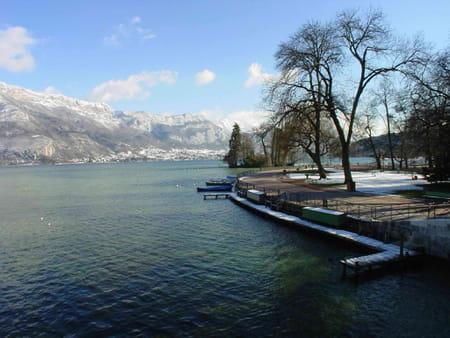 Alpes du Nord et frontière suisse