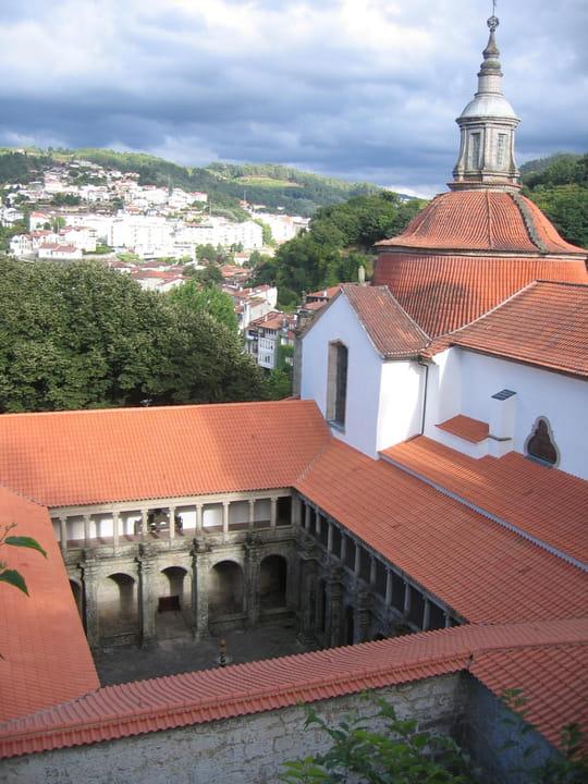 جمهورية البرتغال .. Autres-lieux-de-culte-autres-villes-amarante-portugal-1096200094-1111695