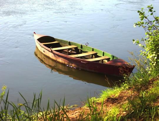 جمهورية البرتغال .. Barques-rivieres-autres-lacs-et-rivieres-porto-portugal-3201104999-883852