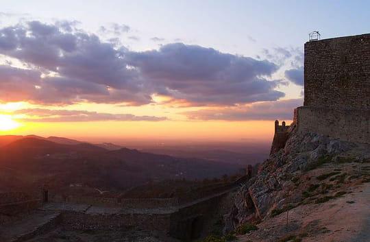 جمهورية البرتغال .. Couchers-de-soleil-castelo-de-vide-portugal-7557184101-946546