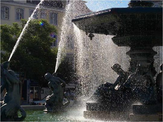 جمهورية البرتغال .. Fontaines-lisbonne-portugal-1819879413-871369