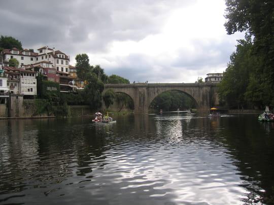 جمهورية البرتغال .. Ponts-amarante-portugal-1017022061-1095540