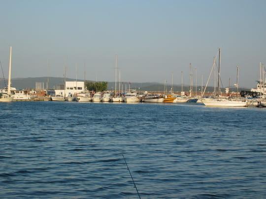 بنزرت مدينة تونسية جميله ports-autres-bateaux-bizerte-tunisie-8866693378-853643.jpg