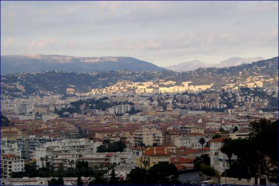 NICE اجمل مدن فرنسية من ناحية السياحة Autres-habitats-nice-france-1044455461-1134519