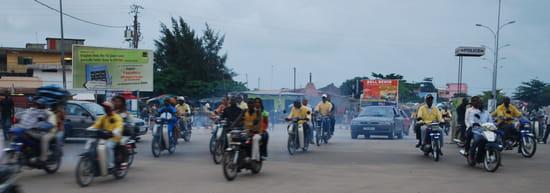 http://image-photos.linternaute.com/image_photo/550/autres-metiers-cotonou-benin-1257086408-1349473.jpg