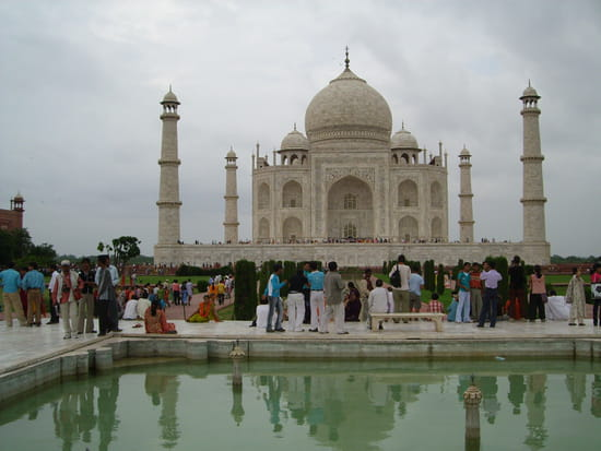 الهند ..جمال و حضارة من مختلف انواعها .. Autres-monuments-agra-inde-1173268427-1150079