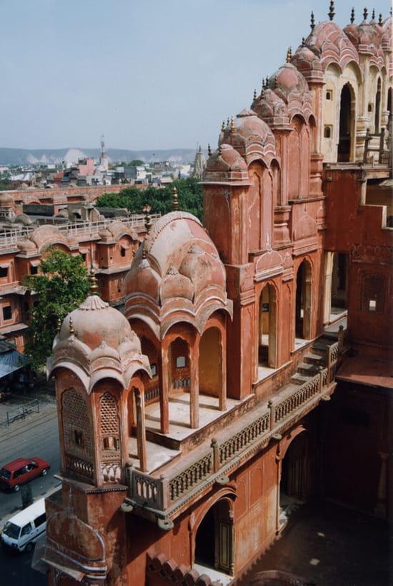 الهند ..جمال و حضارة من مختلف انواعها .. Autres-monuments-jaipur-inde-1004236308-1161902