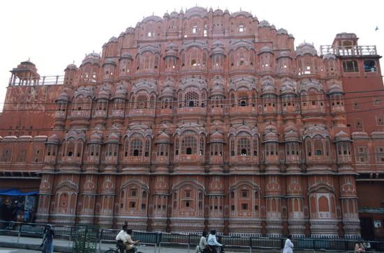 الهند ..جمال و حضارة من مختلف انواعها .. Autres-monuments-jaipur-inde-1225128464-1161898