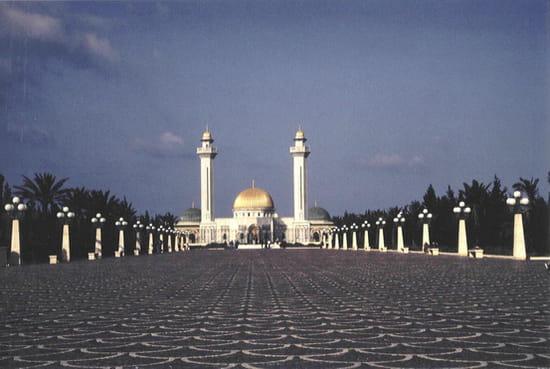 autres-monuments-monastir-tunisie-6751214862-4994.jpg